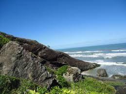 Conheça a Praia das Conchas em Peruíbe